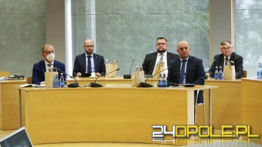 Ważne decyzje zarządu województwa. Przyznano finanse na sport, rehabilitację, kulturę i drogi