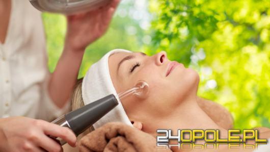 5 sposobów na ujędrnienie obwisłej skóry - ujędrnianie i lifting skóry twarzy