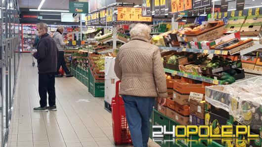 Godziny dla seniorów. Jak zrobić zakupy, gdy pracujesz?