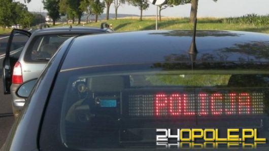 Bez uprawnień, badań technicznych, przekroczył prędkość o ponad 70 km/h