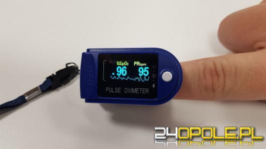 Chorujesz na COVID-19? Otrzymasz pulsoksymetr. Resort Zdrowia o nowym programie