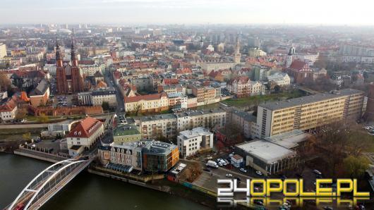 12 miliardów wsparcia rządowego - bez pomocy dla Opola