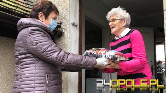 Kombatanci otrzymali paczki na święta od starosty opolskiego