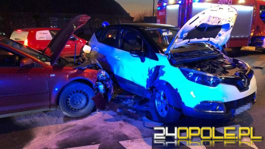 Zderzenie pojazdów na Okulickiego w Opolu