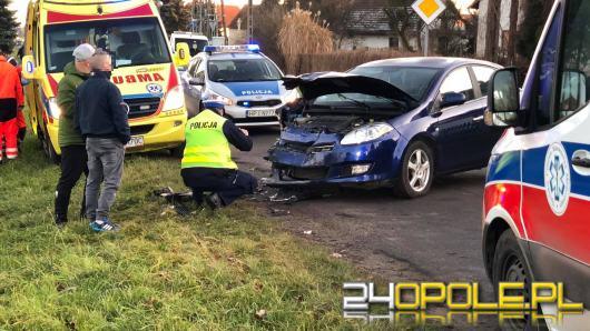 Wypadek w Wawelnie. Trzy osoby trafiły do szpitala