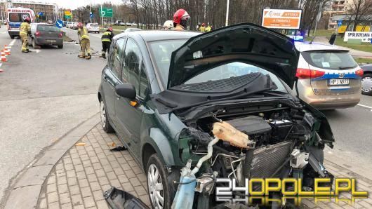 Niebezpiecznie na drogach. Kolizja na Sosnkowskiego w Opolu