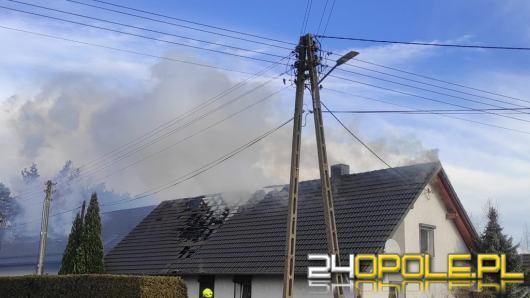 Pożar budynku jednorodzinnego w Zawadzie. W akcji 8 zastępów straży