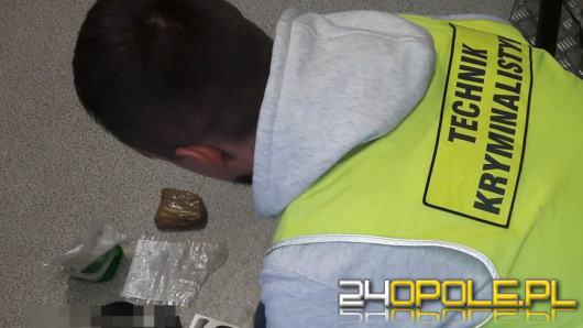 Blisko kilogram narkotyków w mieszkaniu 28 - latka