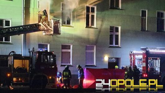 Tragiczny pożar mieszkania w Brzegu. Zginął jeden z mieszkańców