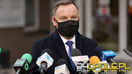 """Andrzej Duda w Głuchołazach: """"Bardzo się cieszę, że jest tutaj niesiona pomoc ludziom"""""""