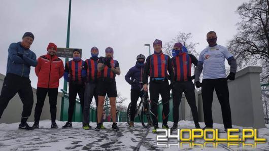 Świetna inicjatywa Klubu Biegowego Odra Opole. Zawodnicy Odry sprawdzają się w biegu