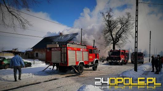 Pożar domu w Bielicach. Czteroosobowa rodzina została bez dachu nad głową