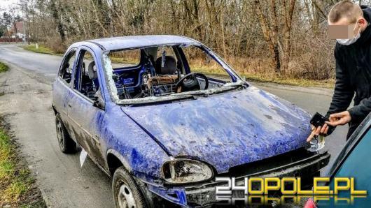 Bez uprawnień holowali wrak pojazdu