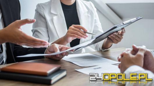 W jakich branżach warto szukać pracy w 2021 roku?