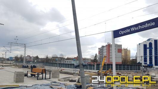 Problemy na stacji Opole-Wschód. W wyniku prac zapadł się peron