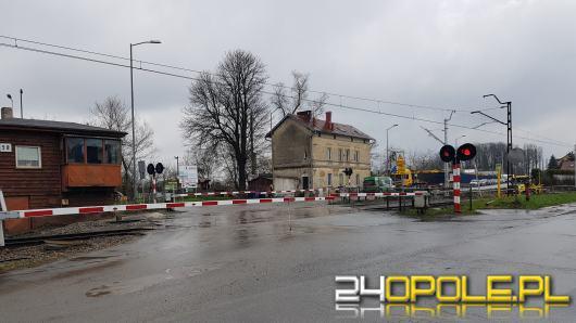 Trwają prace na linii Opole Groszowice - Opole Zachodnie. Pracownicy zamkną przejazd na Torowej