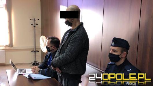 Miał gwałcić psa. 36-letniemu opolaninowi sąd skrócił wyrok o 2 lata