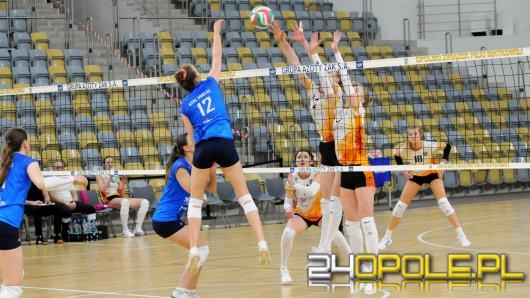 Szybkie i łatwe zwycięstwo UNI Opole w pierwszym meczu finału.