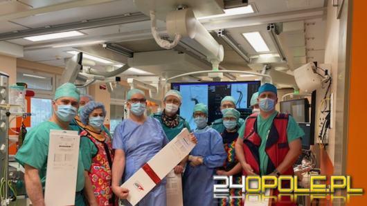 Zabieg przezskórnej naprawy tętniaka aorty brzusznej przeprowadzono w USK