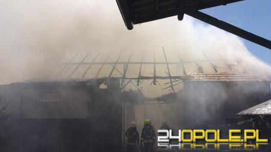 Pożar stodoły w Łanach. W akcji 13 zastępów straży