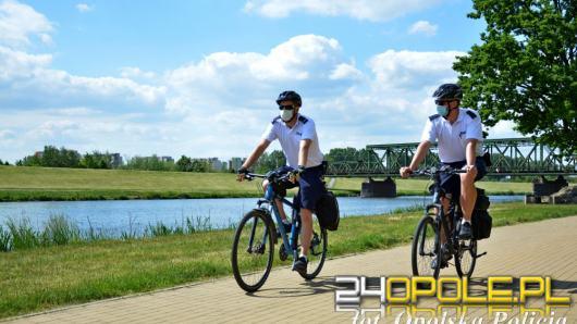 Docierają tam, gdzie nie docierają radiowozy - Policjanci rozpoczęli sezon rowerowy