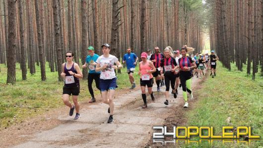 Biegacze zmierzyli się z bardzo trudną trasą w Stobrawskim Parku Krajobrazowym