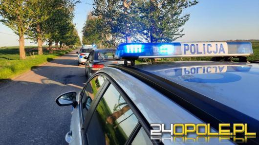 Pijany, z sądowymi zakazami prowadzenia pojazdów.. wiózł partnerkę z 1,5 rocznym dzieckiem