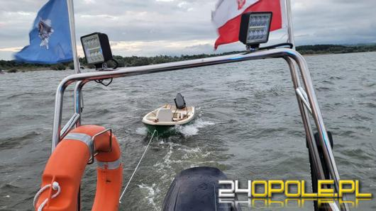 Wędkarze nie byli wstanie samodzielnie dotrzeć do przystani. Akcja WOPR na Jeziorze Nyskim