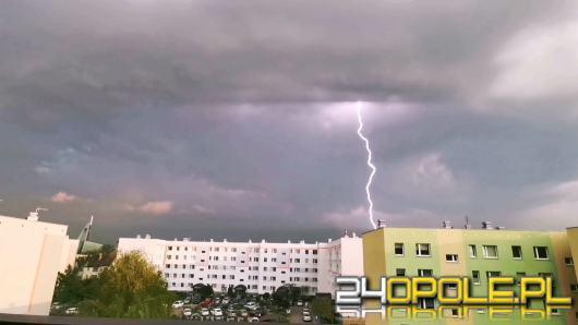 Nadciągają burze z gradem. Meteorolodzy wydali ostrzeżenia 2 stopnia!
