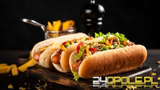Przepisy na hot - dogi w trzech odsłonach