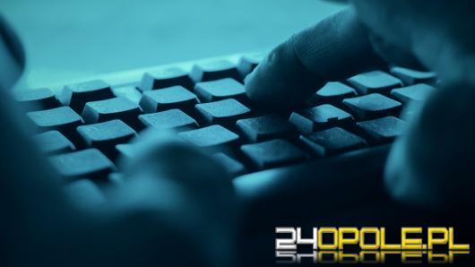 Po ataku na pocztę Dworczyka, politycy dostaną do maili klucze