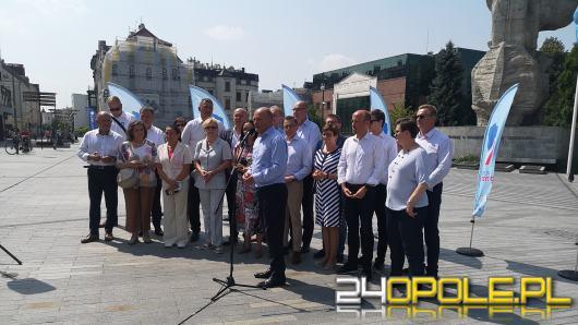 Przedstawiciele Koalicji Obywatelskiej prezentują program #KierunekPrzyszłość