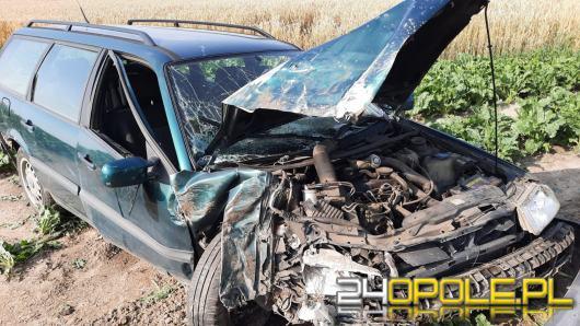 Wypadek w powiecie namysłowskim. Dwie osoby trafiły do szpitala