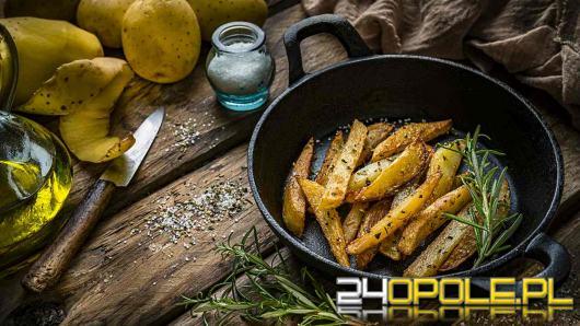 Nietypowe przepisy na domowe frytki - masło, cynamon lub parmezan