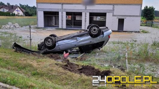 Nieuwaga kierowców poskutkowała groźnie wyglądająca kolizją