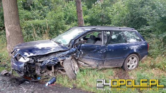 Czołowe zderzenie pojazdów w gminie Baborów. Dwie osoby zostały ranne