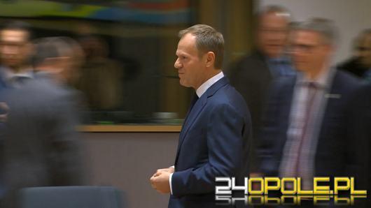 """Tusk wzywa Kaczyńskiego na """"udeptaną ziemię"""". Jest odpowiedź"""