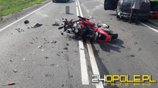 Wypadek w powiecie namysłowskim. Ciężko ranny motocyklista zabrany przez LPR