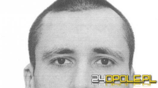 Policjanci z Grodkowa poszukują Tomasza Marcinka