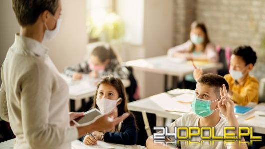 Ministerstwo ujawnia, jak ma wyglądać powrót do szkół