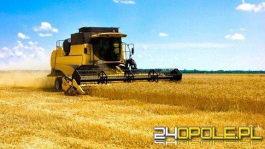 Polska Cerekiew: Rolnik zginął tragicznie podczas prasowania słomy na polu