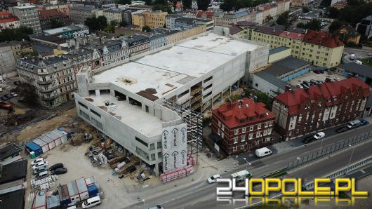 Centrum przesiadkowe Opole Główne będzie gotowe za rok. Trwają prace wewnątrz budynku