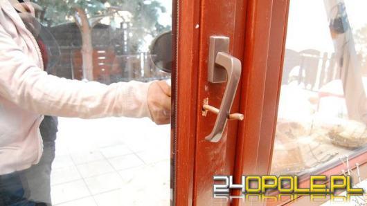 Seryjni włamywacze do domów w rękach policjantów