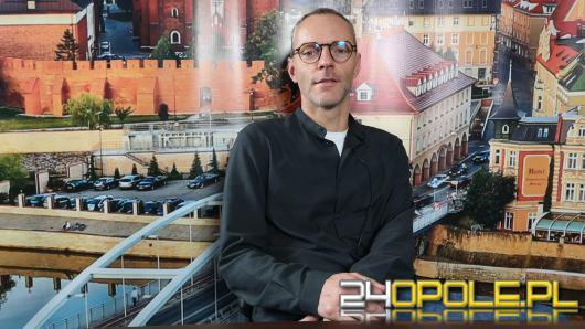 Paweł Dobrowolski - w piątek teatr im. Kochanowskiego wraca do grania
