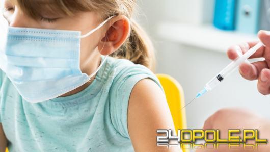 Czy dzieci powinny być obowiązkowo szczepione? Wyniki sondażu