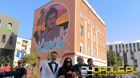 Mural Krzysztofa Krawczyka oficjalnie odsłonięty