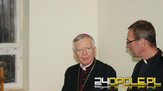 """Opłacalność małżeństw. Arcybiskup Marek Jędraszewski o """"pladze związków nieformalnych"""""""