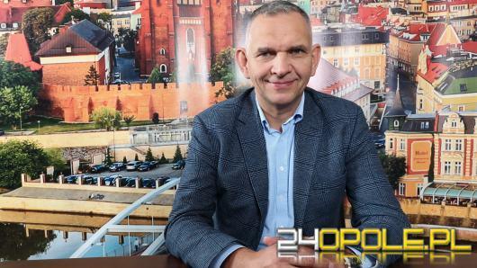 Dariusz Madera - rośnie liczba pacjentów w szpitalu tymczasowym