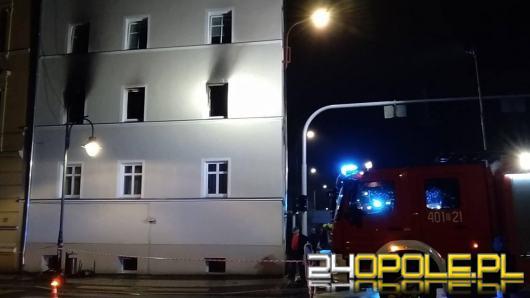 Pożar w budynku wielorodzinnym w Brzegu