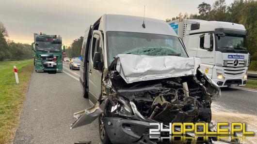 Wypadek na A4 pod Niemodlinem. 5 osób trafiło do szpitala